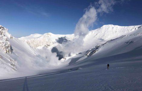 ski in volcano. L'Or Blanc heliski
